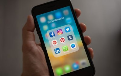 How Disconnecting from Social Media Leads to More Connection